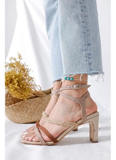 Limoya Sandalet Bej